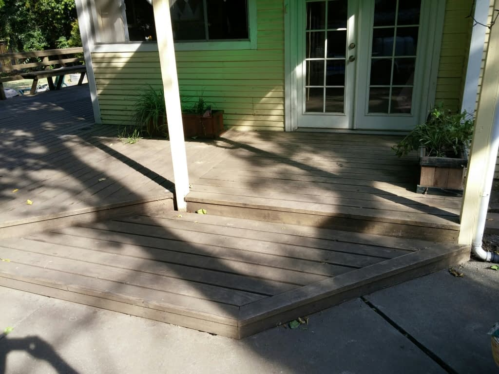 Deck cleaning and sealing in Chico, CA